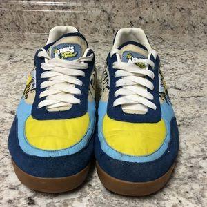 Vintage Akademiks Sneakers.